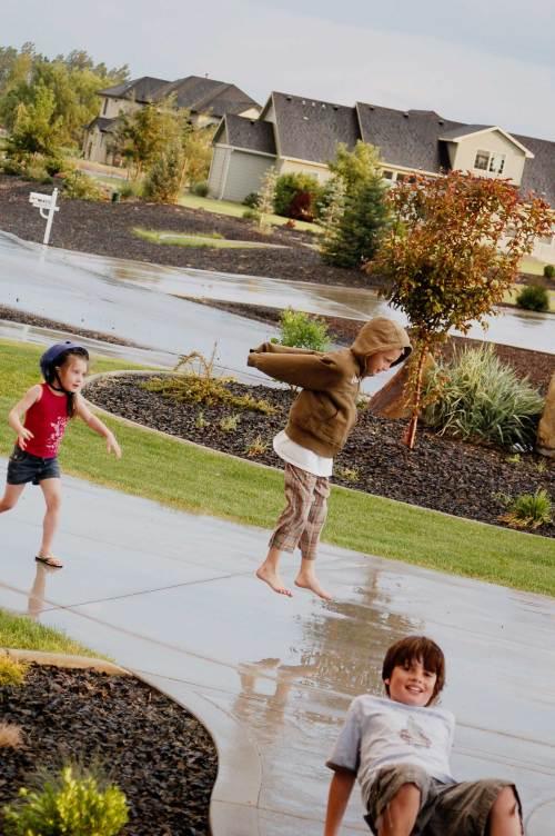 kids-rain